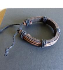 Bőrből készült karkötő