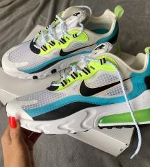 Nike Air 270 React Se