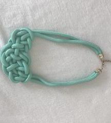 Csomózott nyaklánc