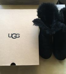 Ugg 39