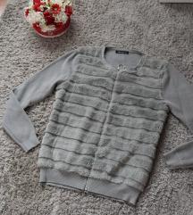 Szőrmés szörke pulcsi