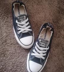 Converse női cipő 37