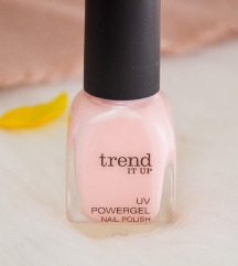 Trend It Up UV Powergel Körömlakk 010