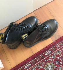 ELADVA 39 /40 fekete smooth bőr Martens