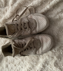 Nike Huarache 39 bézs