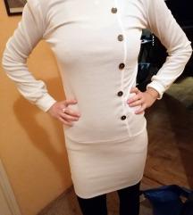 fehér ruha vagy tunika