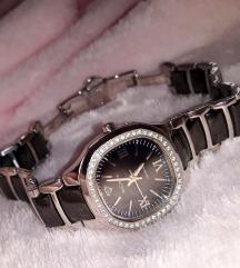 Yves Camani női óra
