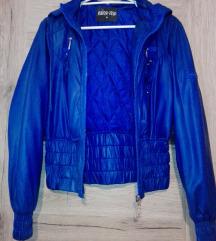 Kék kabát