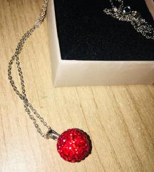 Új ezüst lánc piros Swarovski kristályos medállal