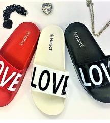 LOVE papucs - vadonatúj !