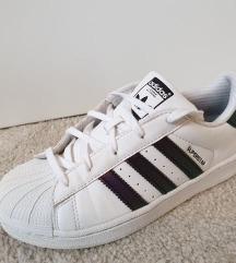 Adidas teremfutball cipő 35, Pécs gardrobcsere.hu