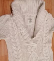 Hófehér pulóver