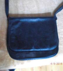 NŐI VÁLLTÁSKA Valódi bőr 20x15 cm feketE