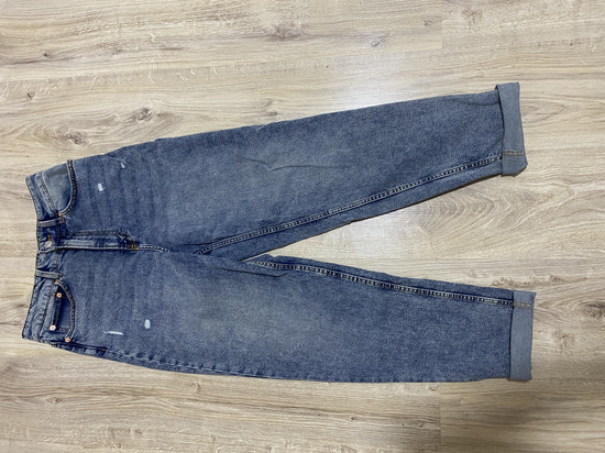 H&M  mom jeans 38