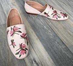 ZARA TRF hímzett mintás virágos cipő