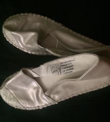 Pezsgőszínű, csillogós női cipő, új