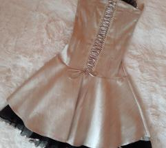 Arany alkalmi ruha fűzős, fekete tüllel