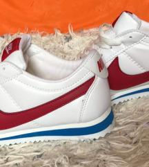 Nike c. Replika
