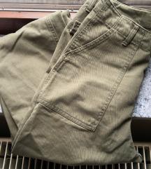 magasított derekú, terep színű 34-es HM nadrág