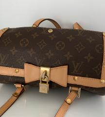 Louis Vuitton Papillon 26 táska barna