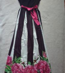 Gyönyörű, virágos ruha