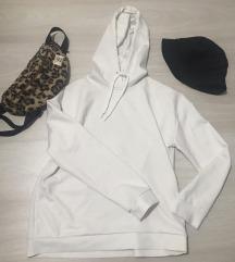 Fehér hoodie