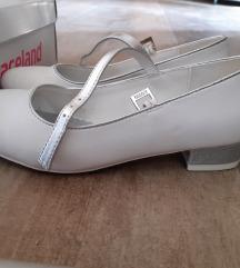 Fehér alkalmi cipő 35-ös, csillogó sarok