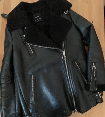 Bershka bundás bőr kabát