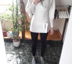 Kámzsa nyakú  kötött fehér poncsó pulcsi