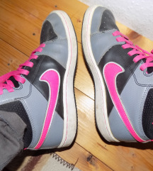 Eredeti Nike cipő 36.5-es