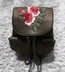 ÚJ Virágos Mini Backpack