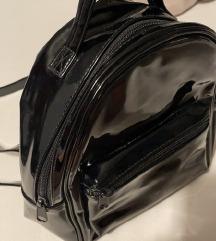 H&M Divided hátizsák fekete táska