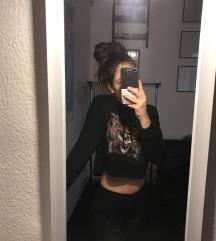 Guns'n roses kapucnis rövid  pulóver