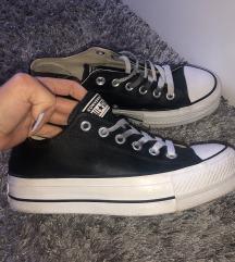 Converse BŐR tornacipő