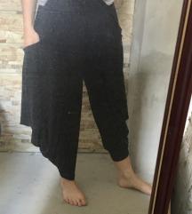 Bugyogó fekete lenge, kényelmes nadrág