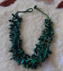 Zöld, divatos  nyaklánc