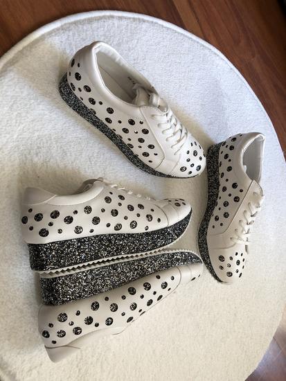 Új cipő 3490 Ft helyett 1790 Ft