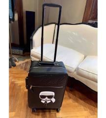 Karl Lagerfeld bőrönd