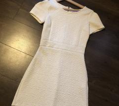 Fehér ruha