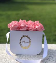Virágbox / virágdísz