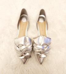 Stradivarius ezüst cipő