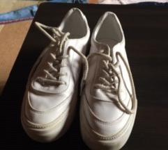bresha sportcipő eladó!