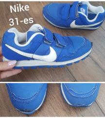 Nike 31-es cipő