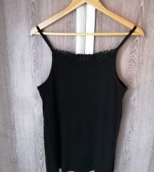 Szépséges fekete trikó