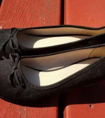 Eladó alig használt fekete női félcipő  DEICHMANN