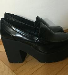 Chunky platform cipő 37
