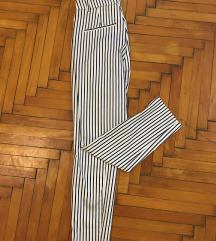 Fekete fehér csíkos kosztümnadrág