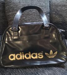 Adidas táska