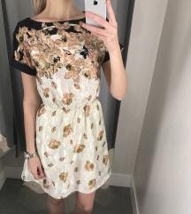 Elegáns virágmintás ruha