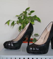 37,5 fekete hasított műbőr platform tűsarkú cipő